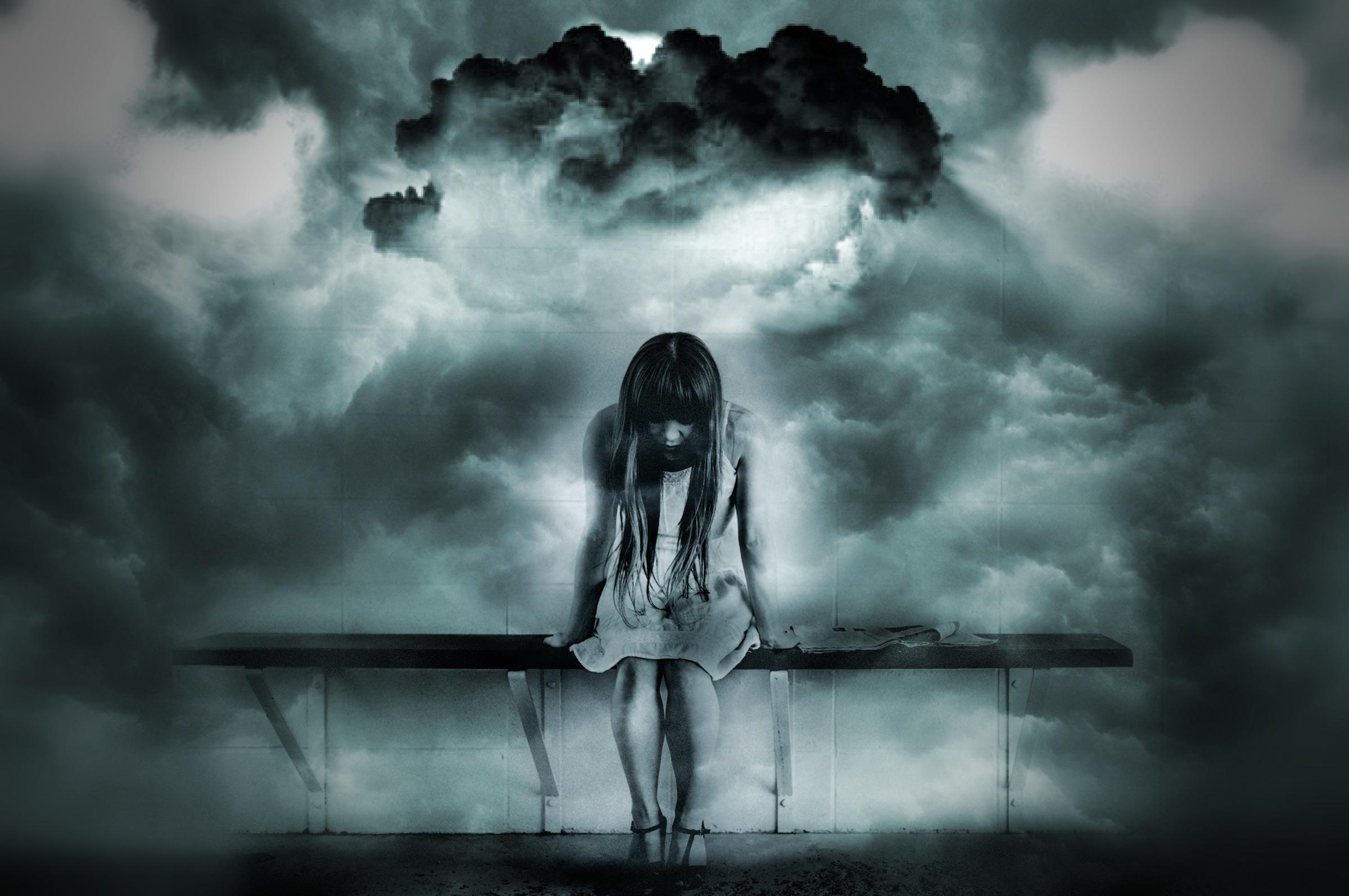 girl-worried-1215261